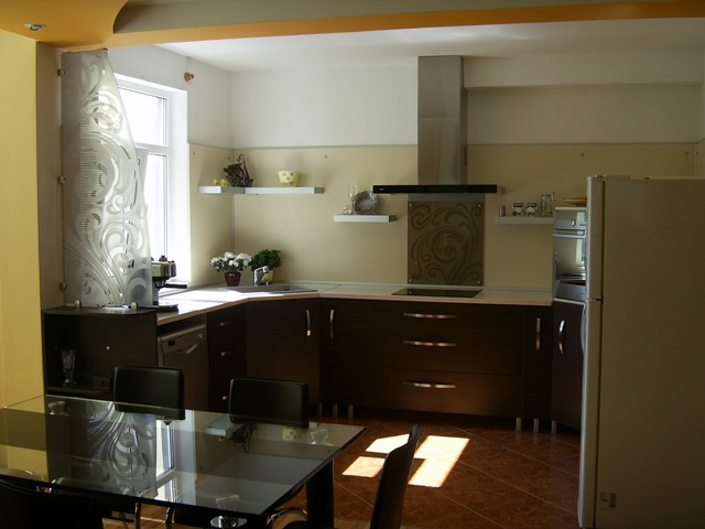 bespoke kitchen