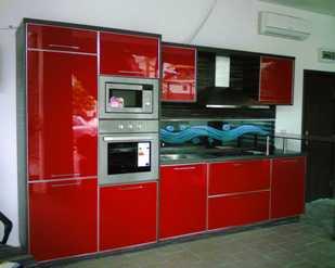custom design illuminated glass kitchen splash back