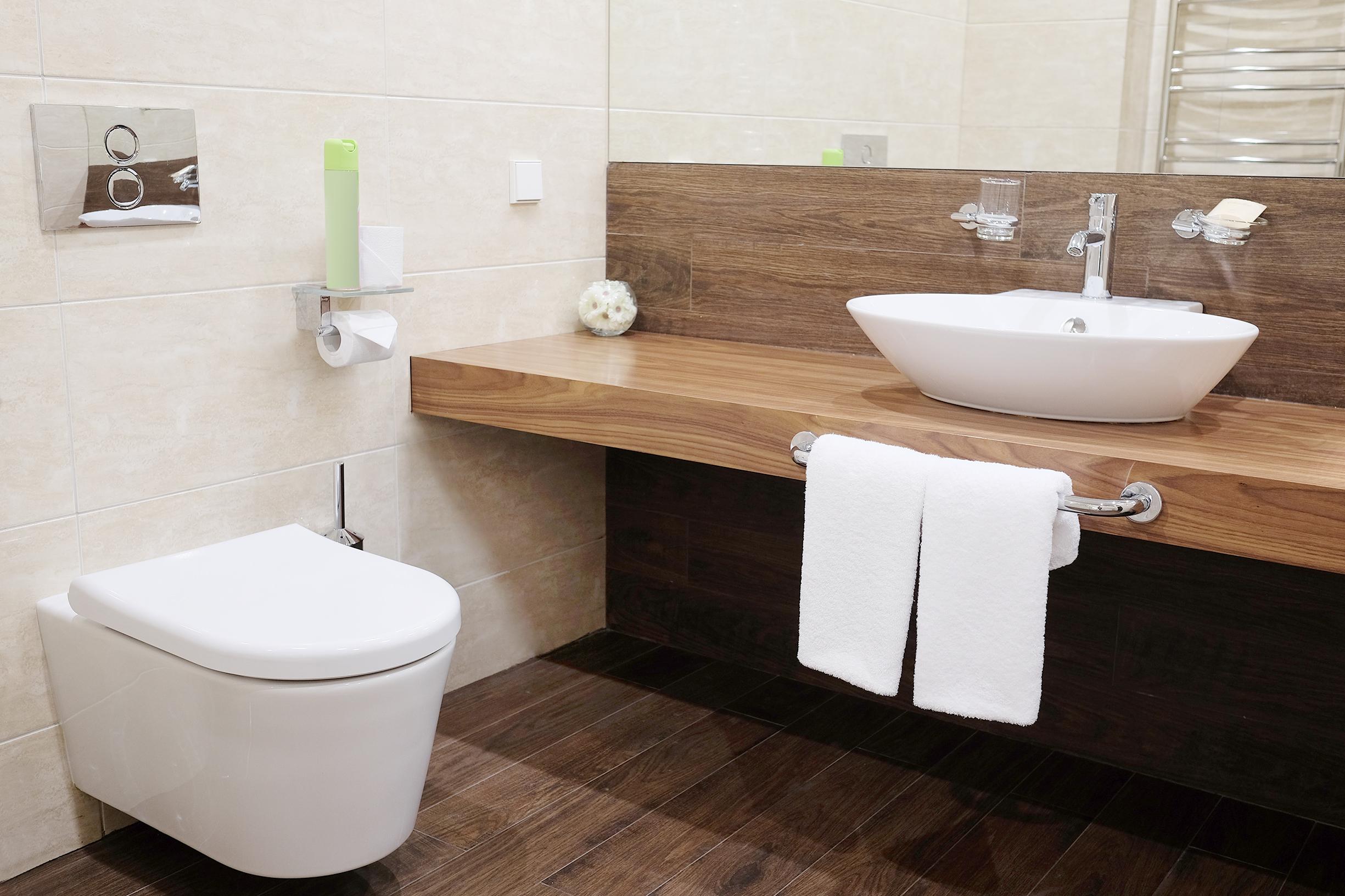 bespoke fitted bathroom