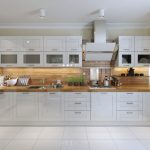 shaker style kitchen design in cream