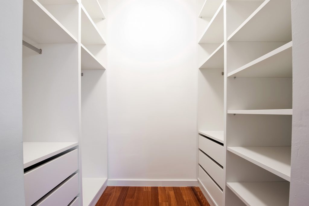 walk in fitted wardrobe